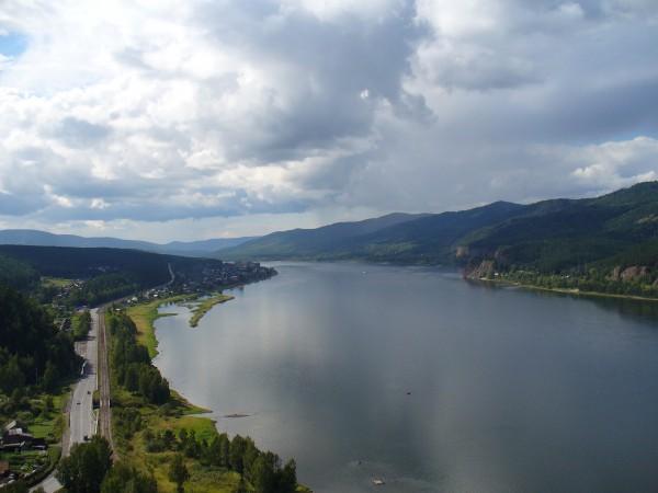Широка страна моя родная… река Енисей