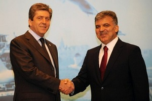 Президент Турции Абдулла Гюль и президент Болгарии Георгий Пырванов
