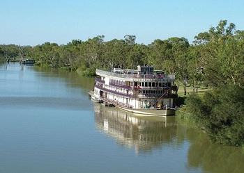 Река Мюррей - это отличное место для небольших круизов на пароходах