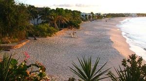Ангилья - Двадцать километров белого порошкообразного песка и спокойных, прозрачных вод цвета от бирюзового до синего